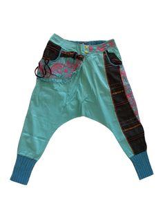 Colourful harempants: www. Harem Pants, Gym Shorts Womens, Street Wear, How To Wear, Color, Fashion, Moda, Harem Jeans, Fashion Styles