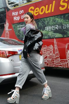 Streetstyle:Irene Kim at Seoul Fashion Week shot by Kim Jin Yong, fashion, streetstyle,grey outfit, platform shoes