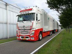 Daimler Ag, Mercedes Benz Trucks, Truck Paint, Show Trucks, Mp5, Transportation, Pride, Commercial Vehicle, Earn Money