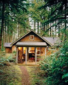 An amazing cottage in the woods.