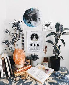 From ig ~ Annietarasova || Suspicious Looking Plant || #EclecticBedrooms