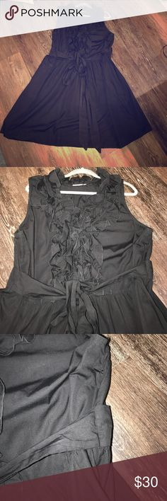 """eShakti Black Ruffle Collar Beautiful Dress 3x/24 eShakti Black Ruffle Collar Beautiful Dress 3x/24. So pretty!  Gorgeous enough to wear for an evening out yet casual enough to be a work dress/daytime dress. I love it, but it was a little big on me so I didn't get to wear it sadly. EUC!  Reposh. Measures approximately 26"""" across waist and 42"""" from shoulder to hem. eshakti Dresses Midi"""