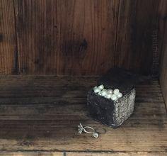 """""""My precious..."""" Rings by Shota Suzuki  Ceramic cube by Yukiya Izumita  「いとしいしと」 指輪、鈴木祥太 陶キューブ、泉田之也 #pragmata"""