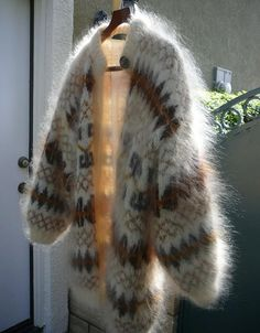 Angora Sweater, Sweater Outfits, Pulls, Cardigans, Sweaters, Fur Coat, Turtle Neck, Wool, Womens Fashion