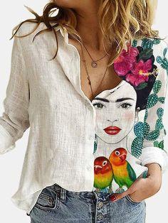 Camisa Floral, Colour Blocking Fashion, Looks Chic, Basic Tops, White V Necks, Blouse Vintage, White Long Sleeve, Types Of Sleeves, Shirt Blouses