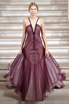 Rami Al Ali Fall Winter 2014-2015, Paris Couture Fashion Week Rami Al Ali , Haute-Couture Paris automne hiver 2014-2015 A model walks the runway during the Rami Al Ali show as part of Paris Fashion...
