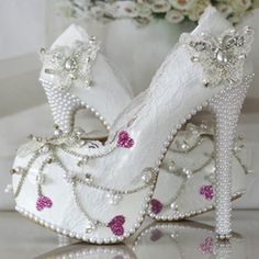 white lace pearl fashion wedding shoes up heel platform shoes butterfly/heart shallow mouth wedding pumps girl party Pump Rhinestone Wedding Shoes, Wedding Pumps, White Wedding Shoes, Bridal Shoes, Dress Wedding, Lace High Heels, High Heels Stilettos, Lace Pumps, Stiletto Pumps