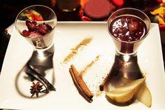 Un accord poétique entre mets et vins. Les maîtres chocolatier initient les visiteurs à l'origine des terroirs du cacao et à la dégustation.