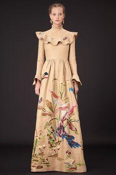 Sfilata Valentino New York - Pre-collezioni Primavera Estate 2015 - Vogue
