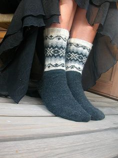 Fair Isle style socks by anNu's photos, via Fl. - Fair Isle style socks by anNu's photos, via Fl. Crochet Socks, Knitted Slippers, Knitting Socks, Hand Knitting, Knit Crochet, Knit Socks, Knitting Machine, Vintage Knitting, Crochet Granny