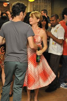 Still of Luke Kirby and Michelle Williams in Take This Waltz