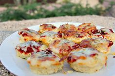 Mini chicken pizza bites make a great snack or appetiser and best of all, they are low carb and gluten free! They are easy to make and bake!