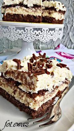 Ewa w kuchni: Ciasto budyniowo - śmietanowo - czekoladowe