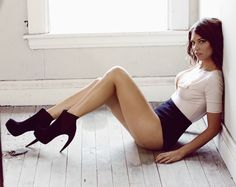 Lauren Cohan- why is she so perfect?!