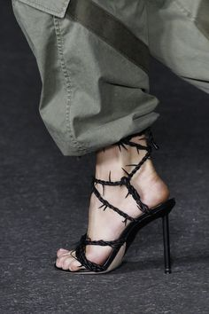 Alexander Wang Spring 2018 Ready-to-Wear Fashion Show Details