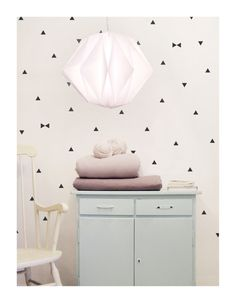 Want patterned walls but don't want to commit to wall paper? These wall decals are the answer to your problem. Just peel 'em off if you get sick of them - so easy!