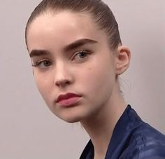 sceptic4l:  ali's eyebrows > cara's eyebrows   Her whole face