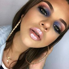 Discovered by Marg. Find images and videos about makeup, anastasia beverly hills and norvina on We Heart It - the app to get lost in what you love. New Makeup Ideas, Makeup Trends, Makeup Inspo, Makeup Inspiration, Makeup Tips, Makeup Products, Daily Makeup, Beauty Products, Glam Makeup