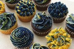 Starry Night Cupcakes.  no way!!! so amazing