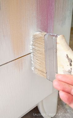 Dry Brushing Chalk-Mineral Paint w Chip Brush