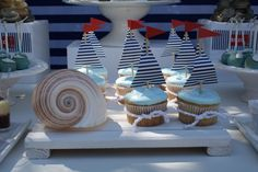 [Inspiration] Nautical Birthday Dessert Table - Spaceships and Laser Beams Love the sail boat cupcakes and table decor Dessert Party, Dessert Table Birthday, Birthday Desserts, Party Desserts, Dessert Tables, Nautical Cupcake, Nautical Party, Nautical Table, Sweets