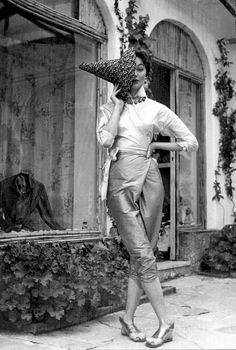 Ivy Nicholson in design by Emilio Pucci, Capri, 1954