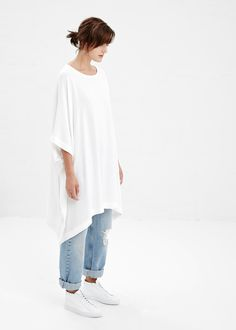 Tienda Ho Austria Tunic in White #totokaelo #tiendaho ~~ if this tunic were black, this outfit would be perfection