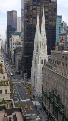 5th & 49th St. Pat's & Saks Fifth Avenue