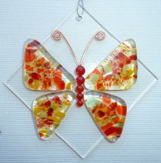 Butterfly Fused Glass Suncatcher by LaDeansDesigns on Etsy Broken Glass Art, Sea Glass Art, Mosaic Glass, Stained Glass, Mosaic Mirrors, Shattered Glass, Mosaic Wall, Fused Glass Ornaments, Fused Glass Jewelry