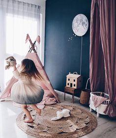 'May you touch fireflies and stars, dance with fairies and talk to the moon'. Dark Nursery, Nursery Neutral, Baby Bedroom, Girls Bedroom, Princess Room Decor, Teepee Kids, Kids Room Design, Nursery Wall Decor, Girl Room