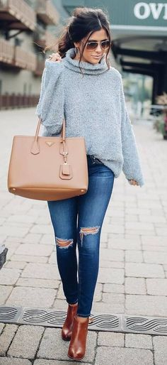 fall trends knit + ripped jeans + bag