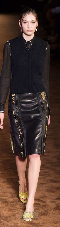 Prada    Collection Spring 2015 Ready-to-Wear