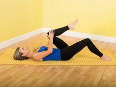 Photos of Stretching | Knee Stretch | Exercise Photos | Arthritis Today Magazine