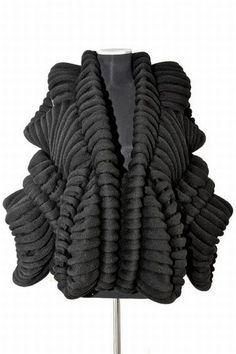 Sculptural Knitwear with beautifully balanced symmetry & 3D textures; wearable art // Sandra Backlund & Maglificio Miles