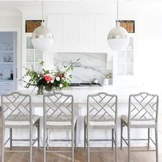 Hanging with the Hewitts, Love these Ballard Design counter stools with marble island!!!!!