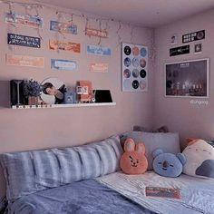 Army Room Decor, Study Room Decor, Room Ideas Bedroom, Teen Room Decor, Bedroom Decor, Cute Room Ideas, Cute Room Decor, Army Bedroom, Indie Room