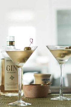 Dirty Martini with Stilton-stuffed Olives   Crush Magazine Recipe