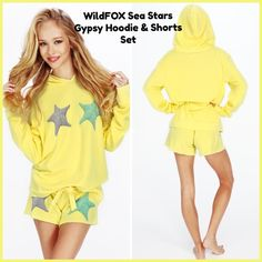 ⭐️WildFox Sea Stars Gypsy Hoodie AND Shorts Set⭐️ ⭐️Adorable WildFox Sea Stars and Matching Shorts⭐️NWTs⭐️Size Small Wildfox Tops Sweatshirts & Hoodies
