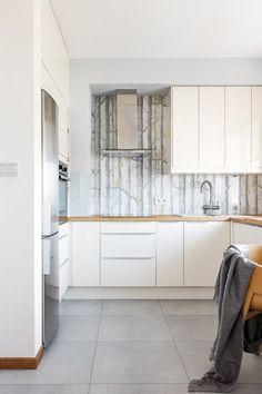 Zdjęcie numer 7 w galerii - Mieszkanie na Bielanach, czyli nasz kawałek nieba Kitchen Cabinets, House, Ideas, Home Decor, Decoration Home, Home, Room Decor, Cabinets, Home Interior Design