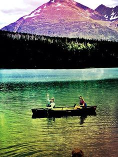 Nautiotter, nautiotterinn, Nauti otter,  glacier, Kenai fjord, kenaifjords, majormarine, Seward cabins, Alaska, Alaskan cabins, fun lodging, unique lodging, hostel, Seward hostel, Alaska hostel, kayak, Alaska kayak, canoe, adventure 60, adventure 60 north