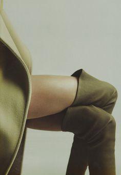 céline love // maud welzen by axel lindahl for bon magazine fw13 issue (Phoebe Philo)