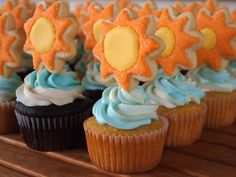 Sun Cookies on Sky Cupcakes - Happy and sparkly. Perfect for b-days, baby showers, etc.