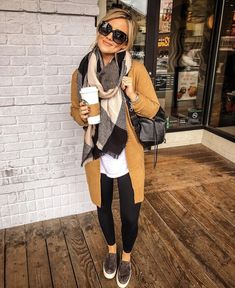 Pour ce post 42 Top Trending Spring Fashion 2019 for Women Under 40 vous naviguez. 42 Top Trending Spring Fashion 2019 for Women Under 40 … Casual Fall Outfits, Fall Winter Outfits, Autumn Winter Fashion, Winter Clothes, Casual Look, Autumn Style Women, Winter Wear, Dress Winter, Casual Work Outfit Winter