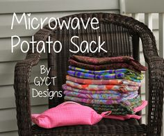 The BEST Way to Make a Microwave Baked Potato Bag - Microwaves - Ideas of Microwaves - Microwave Potato Sack Tutorial by GYCT Easy Sewing Projects, Sewing Projects For Beginners, Sewing Tutorials, Diy Projects, Sewing Patterns, Bag Patterns, Sewing Tips, Knitting Projects, Sewing Hacks