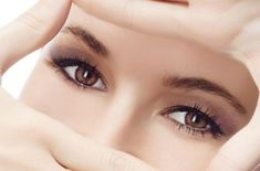 How to Prevent Sagging and Wrinkles in the Eye Area with Natural Remedies #beauty #aging #wrinkles