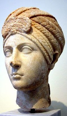 Archaeological Museum, Athens - Roman head of a woman- Photo by Giovanni Dall'Orto
