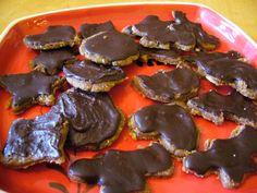 Lebkuchengewürz & Lebkuchenplätzchen #roh #vegan | Lebkuchen ohne Mehl, Zucker und Eier herstellen. Diese Lebkuchen werden nicht gebacken. Rohvegane Lebkuchen zaubern leicht gemacht.