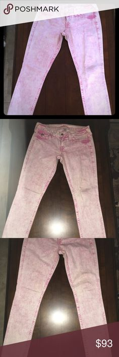 True Religion Jeans Pink Almost like new. Size 29 women's true religion jeans. The color is not regular pink it's almost like a marble white and pink just beautiful True Religion Jeans Skinny