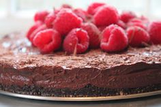 Raw Vegan Chocolate Mousse Cake