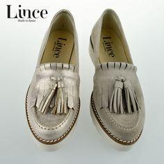 Brillo gold para un toque especial y mate para tus looks de diario ¿Qué te parecen los nuevos mocasines Lince Shoes?